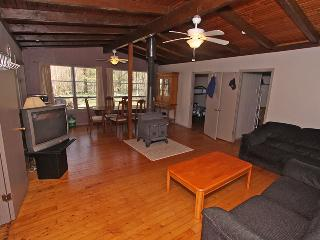 Comfortable 3 bedroom Vacation Rental in Point Clark - Point Clark vacation rentals