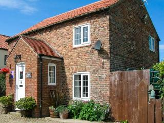 JASMINE COTTAGE, off road paking, enclosed garden, period cottage in Dalton - Dalton vacation rentals