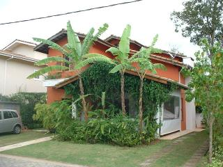 Nice House with Deck and Hot Tub - Camburi vacation rentals