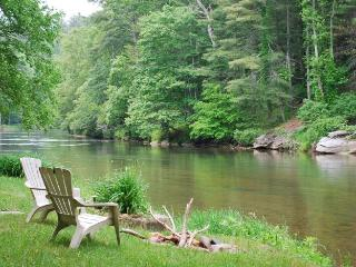 Nice 2 bedroom Cabin in West Jefferson - West Jefferson vacation rentals