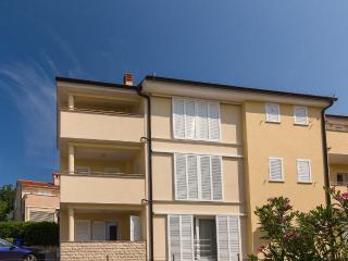 Nice 2 bedroom House in Cizici - Cizici vacation rentals