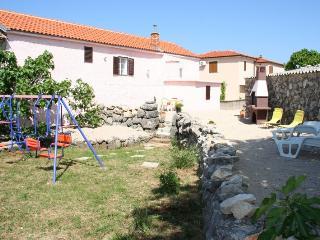 DRPIC JOSIP(2519-6424) - Rasopasno vacation rentals