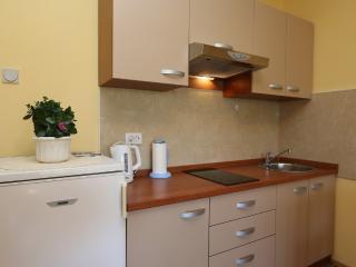 Beautiful 1 bedroom House in Klimno - Klimno vacation rentals