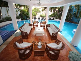 Ah Villa - South Akumal Beach Villa - Akumal vacation rentals