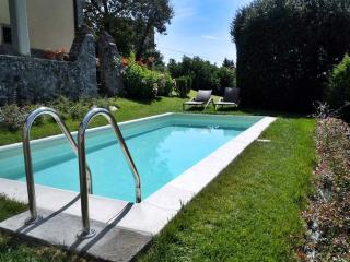 Romantic 1 bedroom Townhouse in Corfino - Corfino vacation rentals