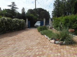 1 bedroom House with Internet Access in Beaucaire - Beaucaire vacation rentals