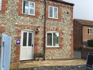 Lavender Cottage. Great base for all North Norfolk - Docking vacation rentals