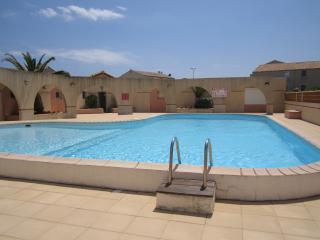 Cozy 1 bedroom Condo in Frontignan with Short Breaks Allowed - Frontignan vacation rentals