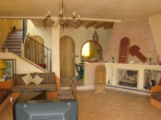 Villa de charme en bord de mer - Ben Slimane vacation rentals