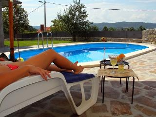 Old restored villa with WHIRLPOOL on the terrace - Buzet vacation rentals