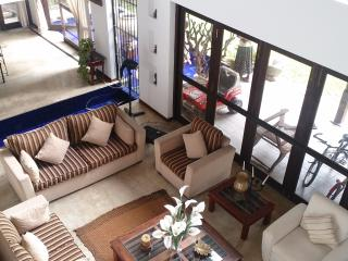 Perfect Villa with A/C and Outdoor Dining Area - Wattala vacation rentals