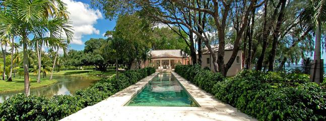 SPECIAL OFFER: Barbados Villa 297 A Luxury Beachfront Villa Set In The Grounds Of A 20 Acre Private Beachfront Estate. - Saint James vacation rentals