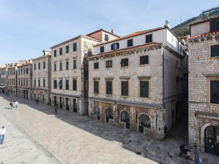 Du Home A V- Stradun Apartment - Dubrovnik vacation rentals