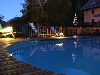"""Location Gîtes/Appartements """"La Girandole"""" - Arvieux vacation rentals"""