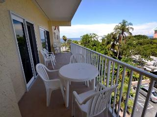 San Remo 303 - Spacious 2 Bedroom with Gulf View Balcony & Gulf Front Pool - Redington Shores vacation rentals