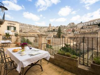 Wonderful House with Internet Access and A/C in Modica - Modica vacation rentals