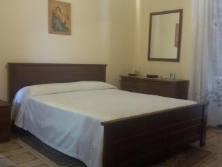 Casa Peppina, possibilità di noleggio auto - San Piero Patti vacation rentals