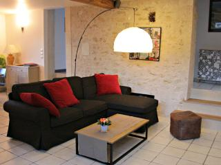 4 bedroom Gite with Internet Access in Civray-de-Touraine - Civray-de-Touraine vacation rentals
