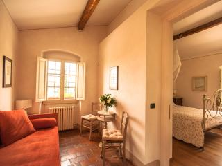 B&B Podere la Rondine - Bedroom Rondone - Prato vacation rentals