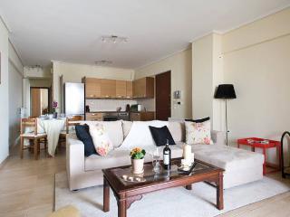 Trendy Apt, Close to Mikrolimano & Metro, Piraeus - Piraeus vacation rentals
