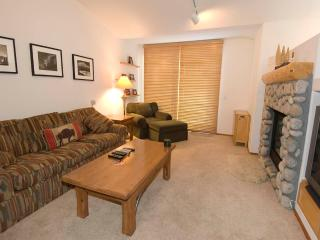 2 bedroom Condo with Deck in Mammoth Lakes - Mammoth Lakes vacation rentals