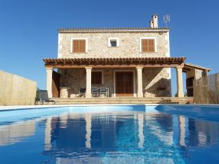 3 bedroom Finca with Internet Access in Campos - Campos vacation rentals