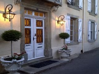 Superb Manor House near Carcassonne - Bouilhonnac vacation rentals
