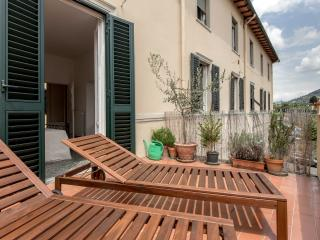 SMART CHOICE APT SOLARIUM WIFI - Florence vacation rentals