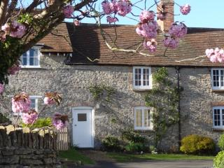 2 bedroom Cottage with Internet Access in Abbotsbury - Abbotsbury vacation rentals