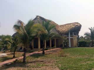 3 bedroom Bungalow with Internet Access in Monte Rico - Monte Rico vacation rentals