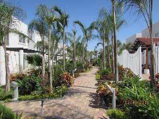 Nice Bungalow with Internet Access and A/C - Mirador San Jose vacation rentals
