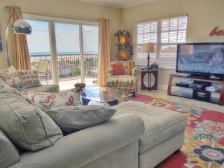 2 bedroom Apartment with Internet Access in Treasure Island - Treasure Island vacation rentals