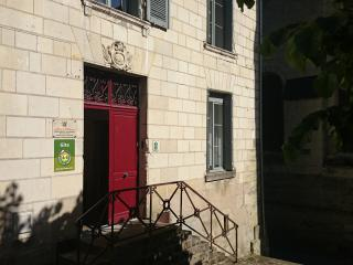 Cozy 3 bedroom Condo in Chinon with Internet Access - Chinon vacation rentals