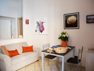 (#HINT54) Oxilia Art Apartment - Milan vacation rentals