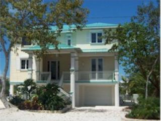 Comfortable 4 bedroom Summerland Key House with Internet Access - Summerland Key vacation rentals