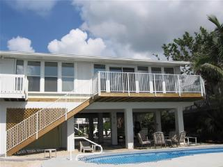 Perfect House in Ramrod Key with A/C, sleeps 6 - Ramrod Key vacation rentals