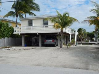 Cozy 3 bedroom Summerland Key House with Television - Summerland Key vacation rentals