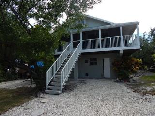 Comfortable 2 bedroom Vacation Rental in Ramrod Key - Ramrod Key vacation rentals