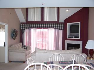 The Ledges, 2BR + Lg Loft / 2.5 BA Condo Sleeps 12 - Osage Beach vacation rentals