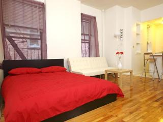 Large UWS furnished Studio, steps to Central Park! - New York City vacation rentals