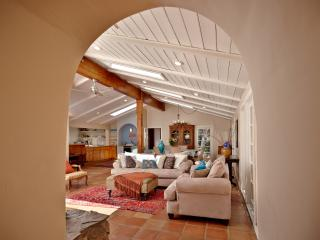 La Casita - Amazing Spanish Style Home w/ Hot Tub - Idyllwild vacation rentals