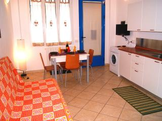 Nice 1 bedroom Imperia Condo with Television - Imperia vacation rentals