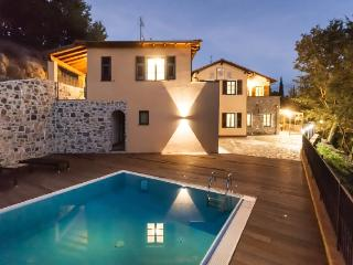 Nice Villa with Deck and Hot Tub - Borgomaro vacation rentals