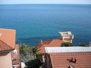 CHARMING SEA VIEW APARTMENT | AP30 - Imperia vacation rentals
