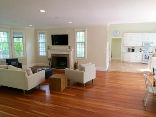 Amagansett House with Pool near Village & Beach - Amagansett vacation rentals