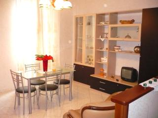LOVELY APARTMENT 500M FROM BEACH | AP02 - Poggi vacation rentals