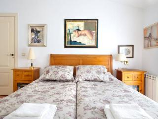 Sunny B&B with Internet Access and Short Breaks Allowed - Cartagena vacation rentals