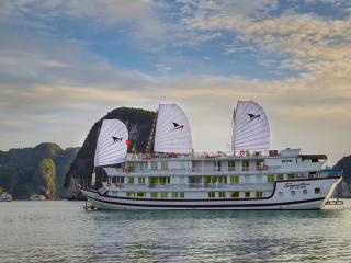 Signature Halong Cruise 3 days 2 nights - Hanoi vacation rentals