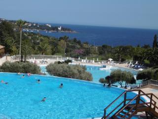 CAP ESTEREL dans Village 2P 5 pers. vue mer - Agay vacation rentals