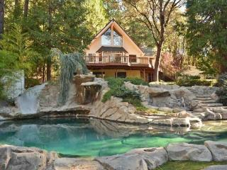 Spacious 5 bedroom Grass Valley House with Deck - Grass Valley vacation rentals
